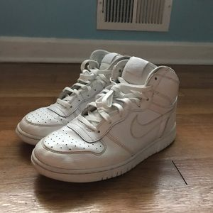 White Leather Nike Ebernon Sneakers
